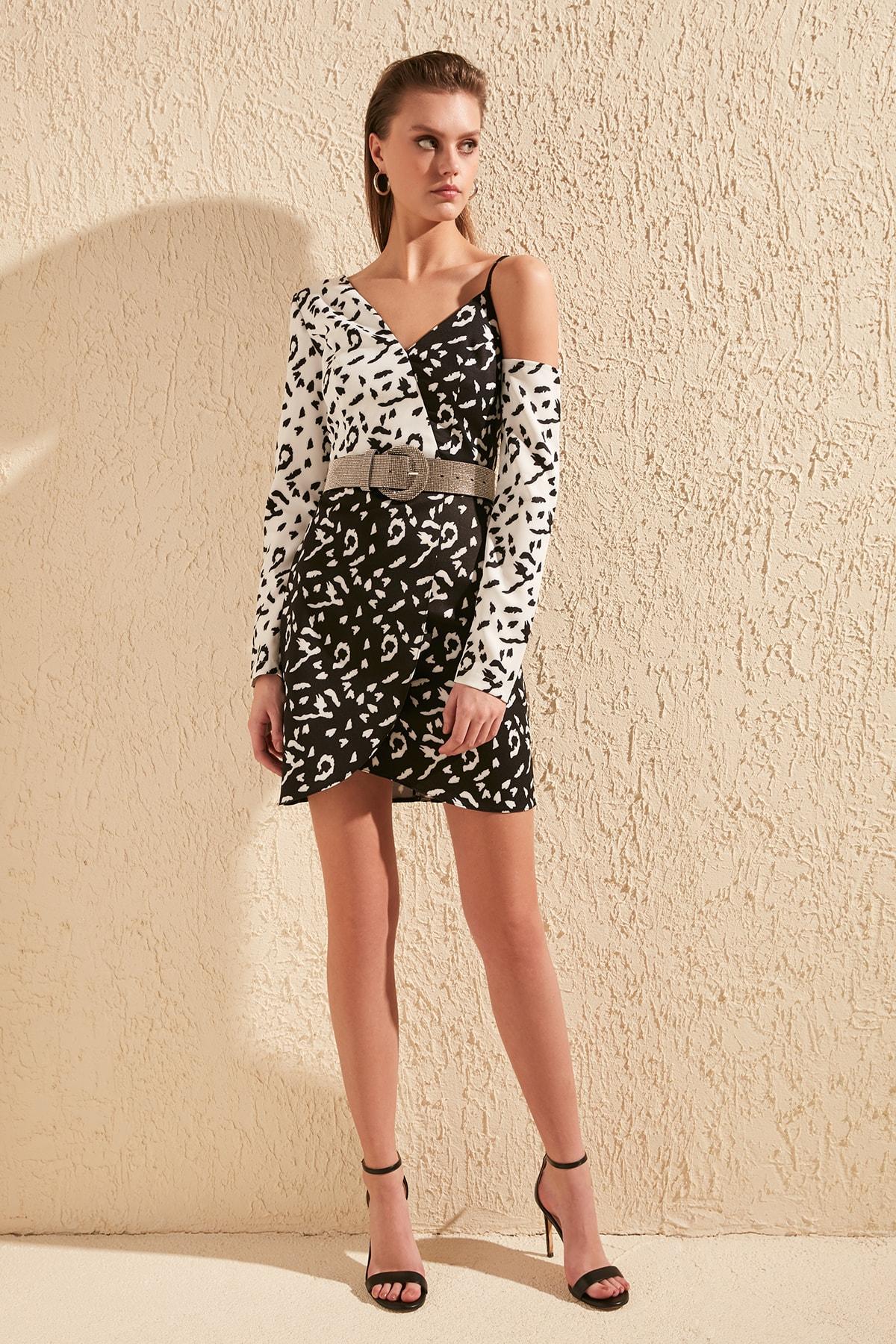 Trendyol Leopard-print Dress TPRSS20EL0951