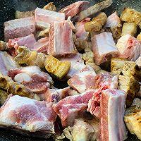 酱香一品锅,舌尖上的经典年夜饭 #福气年夜菜#的做法图解4