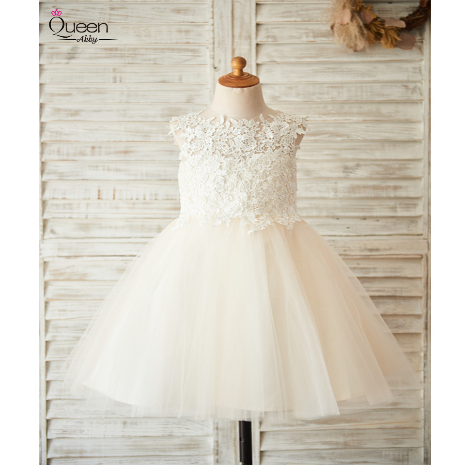 Ball Gown New Flower Girl Dress 2020 Lovely Lace Tulle Girl Dress With Big Bow Backless Sleeveless Dress For Wedding Party