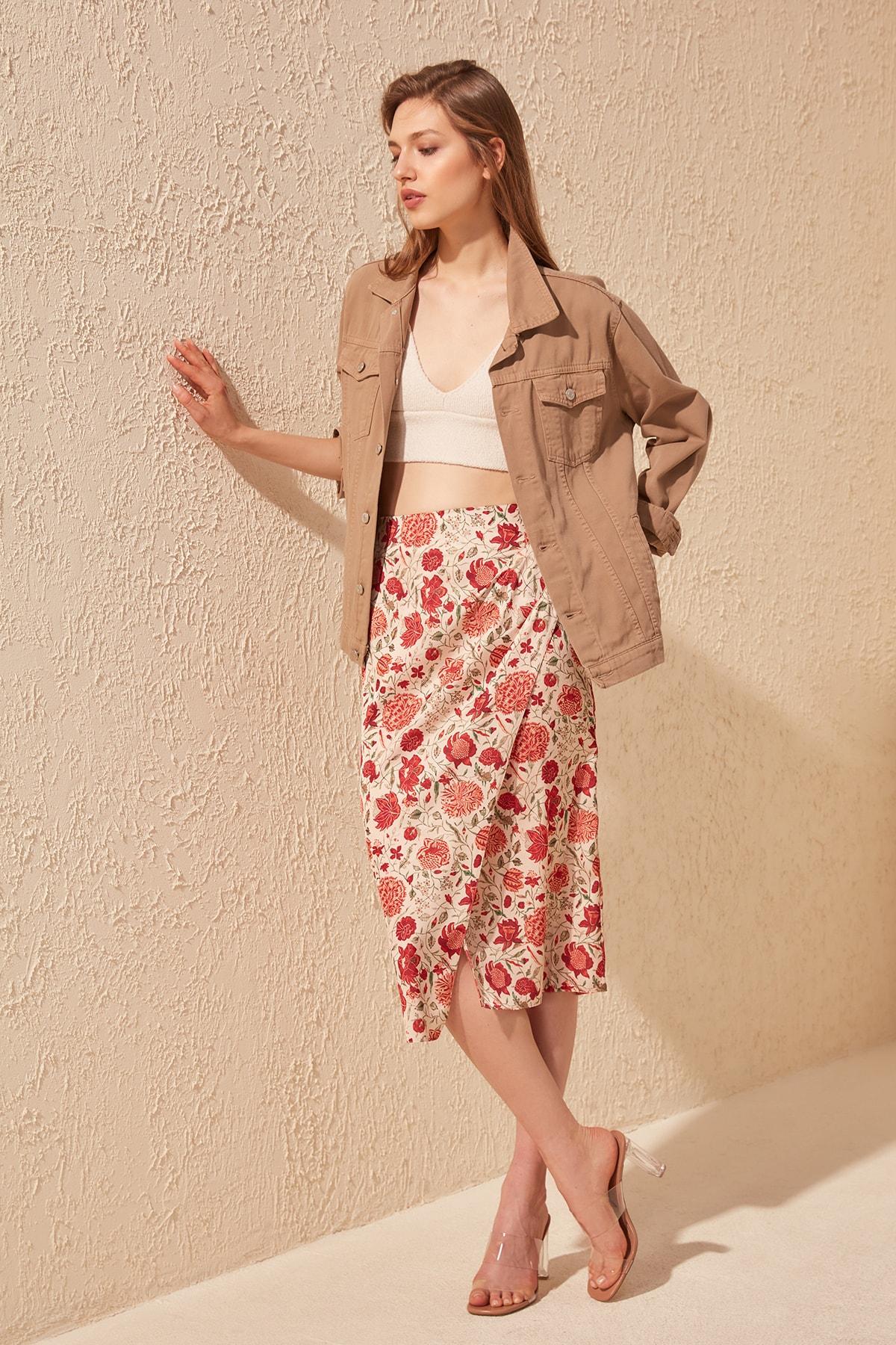 Trendyol Flower Pattern Skirt TWOSS20ET0163
