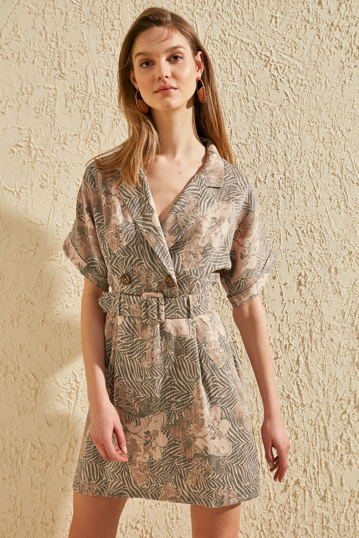 Trendyol Arched Dress TWOSS20EL0425