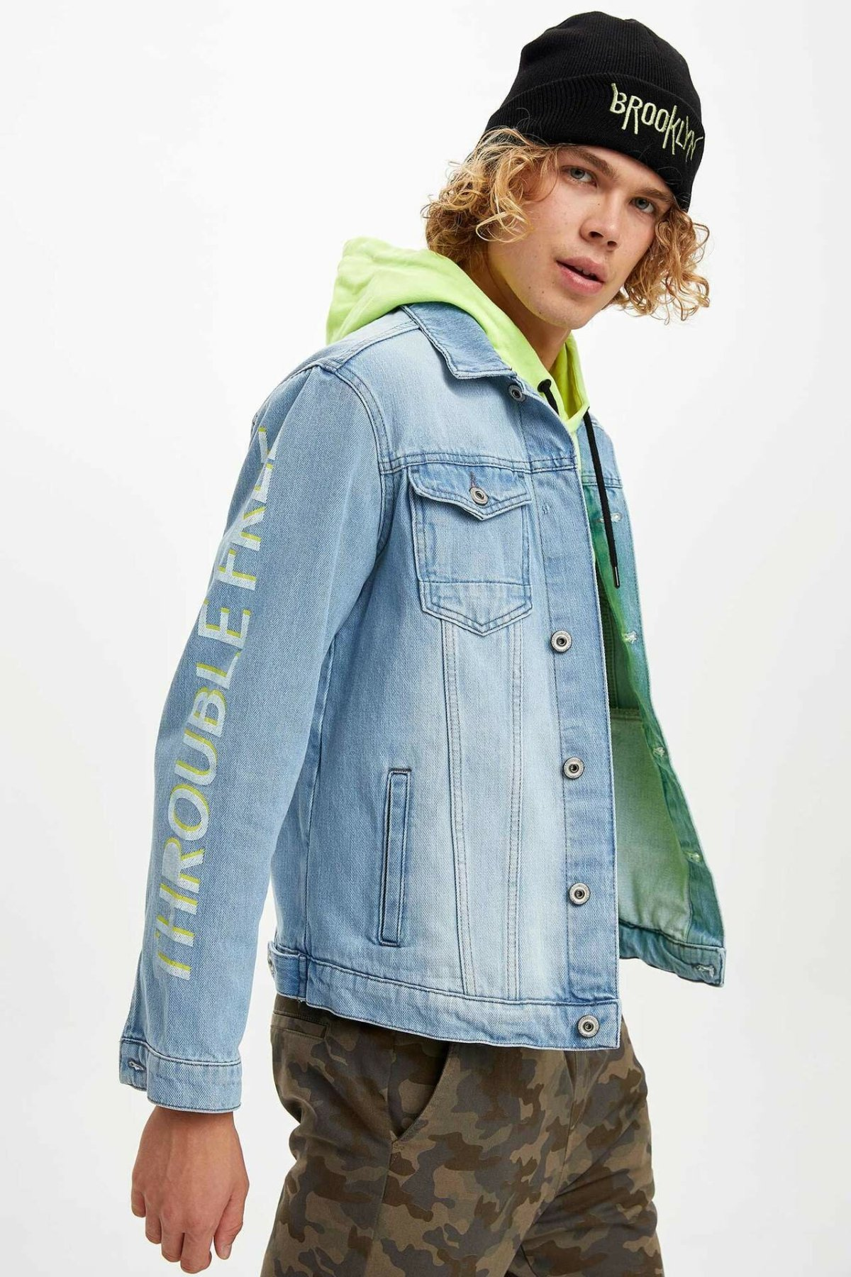 DeFacto Mens Fashion Blue Lapel Collar Jean Jackets Solid Casual Pocket Short Denim Coats Man Loose Autumn Male- L6547AZ19AU