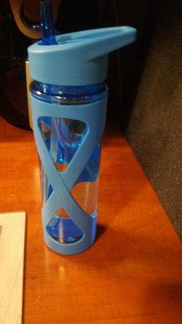 580ML Seal Straw Sports Water Bottle Non slip Heat Resistant Plastic Protein Powder Shaker Fitness Drinkware|Water Bottles| |  - AliExpress