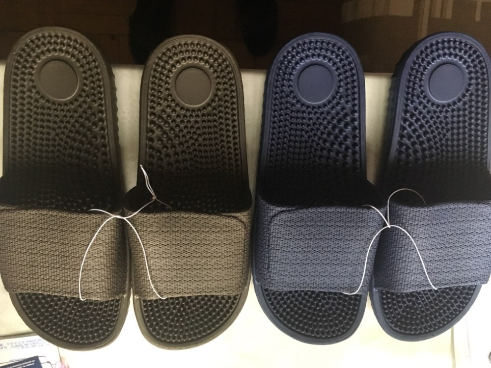 ISSACOCO Men's Flat Indoor Massage Slippers Men Home Non slip Massage Slippers Zapatos Hombre Beach Flip Flops Men's Slides-in Slippers from Shoes on AliExpress