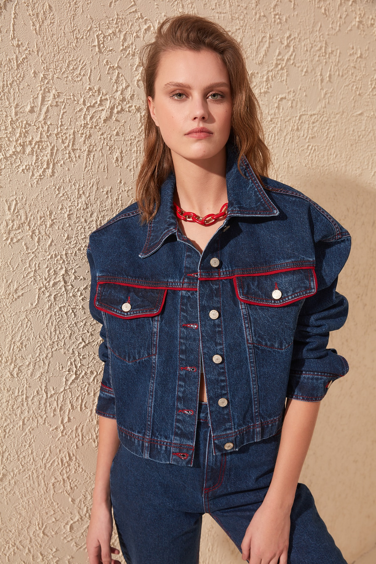 Trendyol Red Stitch Detail Denim Jacket TWOSS20CE0042
