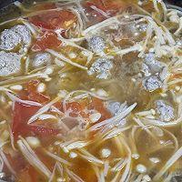 #太太乐鲜鸡汁芝麻香油#番茄鸡肉丸子汤的做法图解6