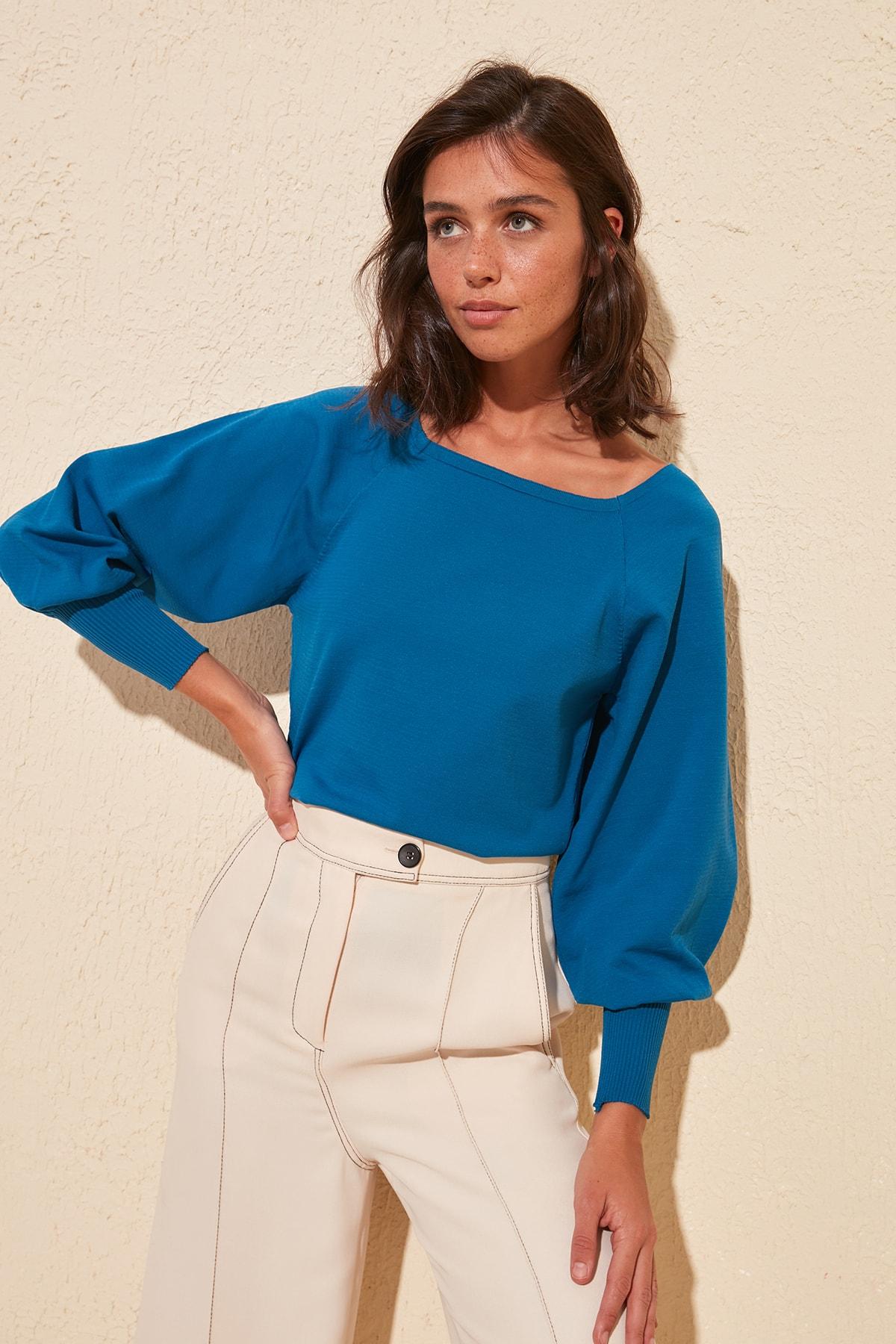 Trendyol Sleeve Detail Knitwear Sweater TWOSS20KZ0086