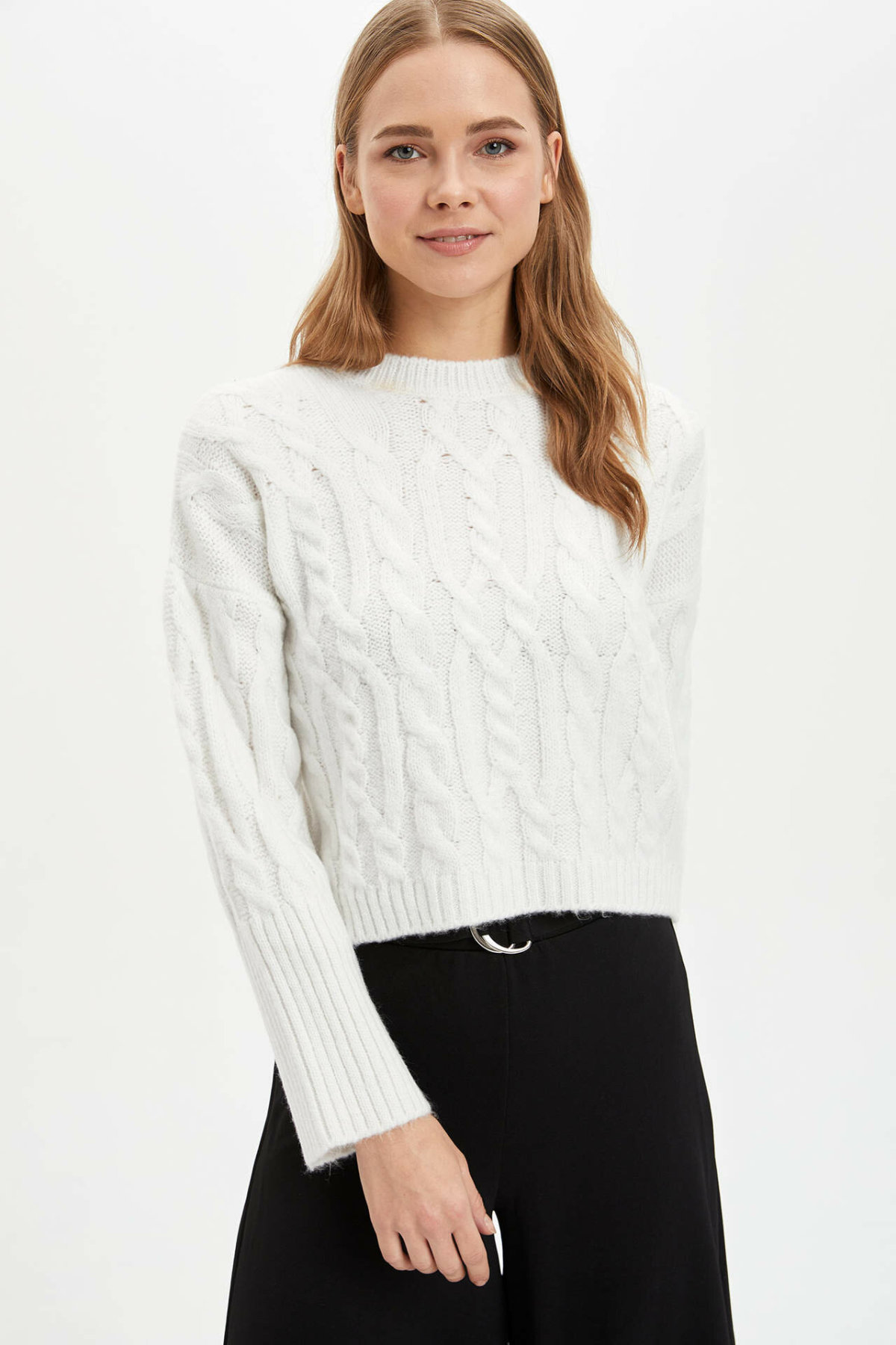 DeFacto Woman Winter White Knitted Pullovers Women Casual Warm Pullovers Female O-neck Tops Pullover-L9455AZ19WN