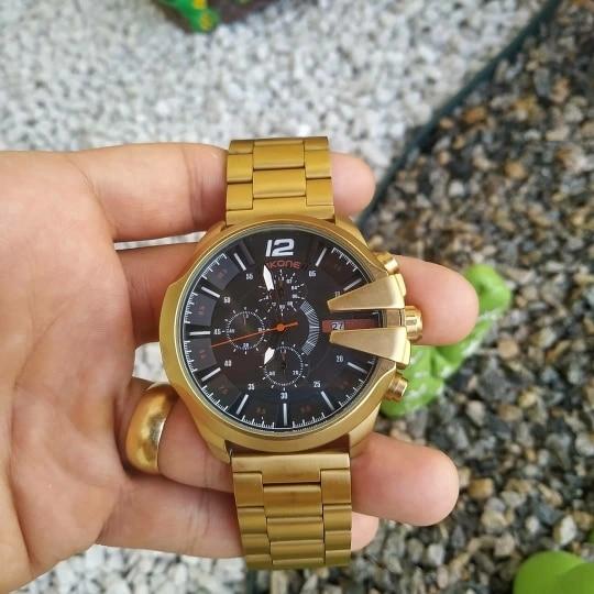 -- Cronógrafo Relógio Design