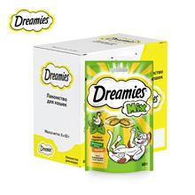 Лакомство для кошек Dreamies подушечки с мятой+курицей, 6 шт по 60г