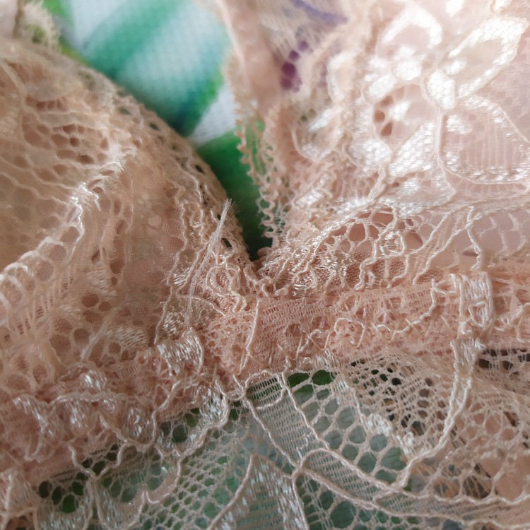 Sexy Thin Lace Wire-Free Women's Bra