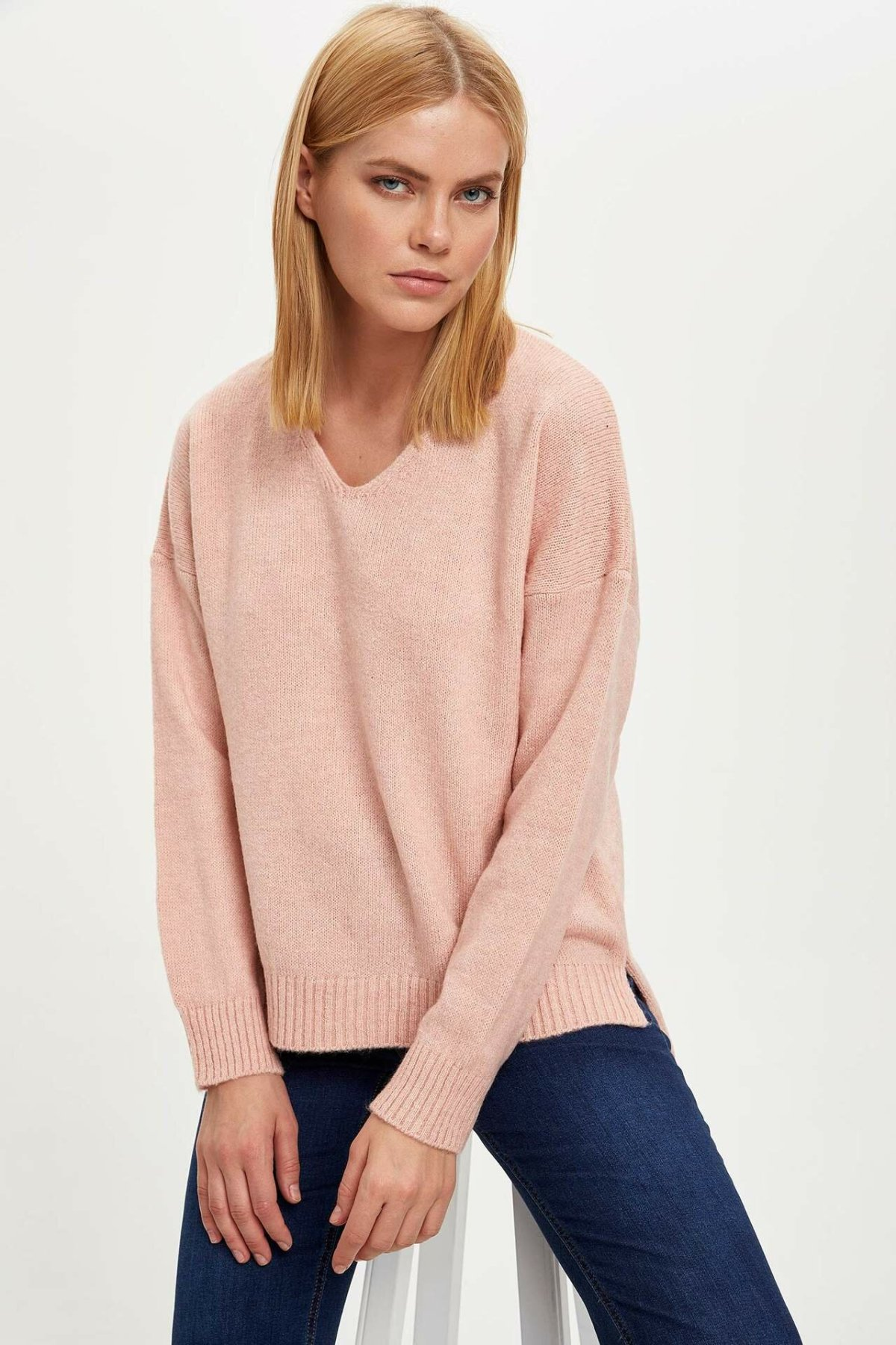 DeFacto Woman Knitted V-neck Pullover Women Pure Color Casual Long Sleeve Sweatshirts Female Tops Simple - M8797AZ19AU