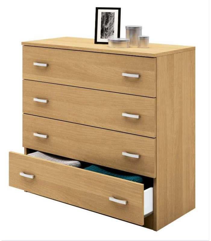 Comfortable Four Drawers In Oak.