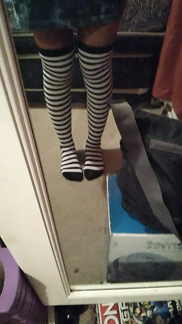 Long Stocking  Over The Knee (striped/dots) photo review