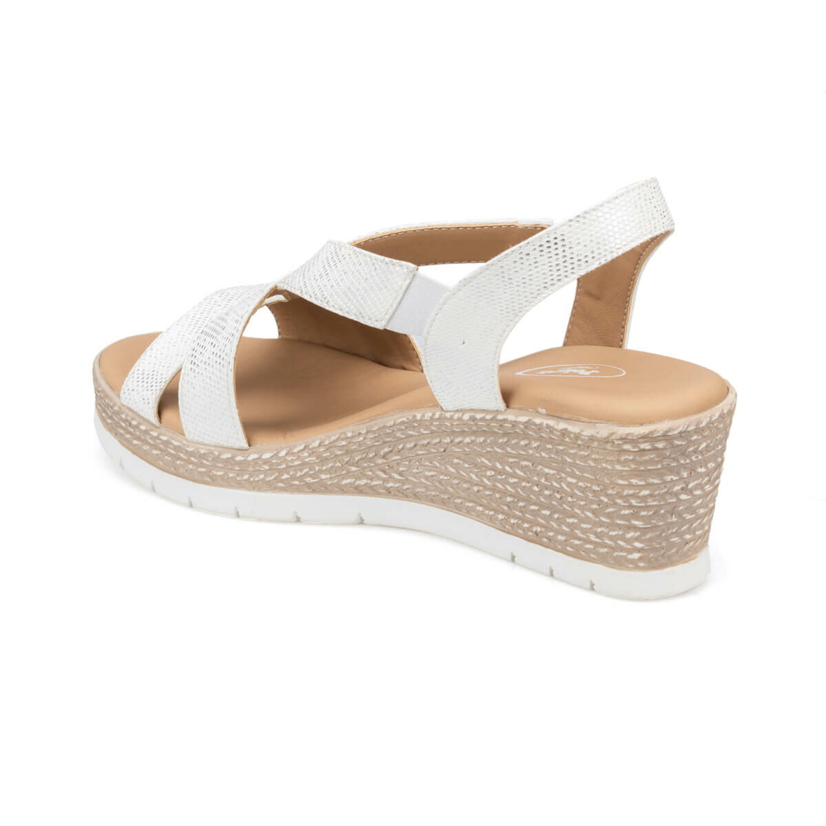FLO White Pink Women Sandals Women Summer Sandals Slip-on Flat Ladies Sandals Comfy Wedge Female Shoes Fashion Breathable Girls Sandals Polaris 91. 150722.Z