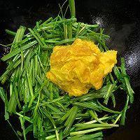 韭菜炒鸡蛋 如何炒韭菜不出汤的小秘籍 超级详细的做法图解12