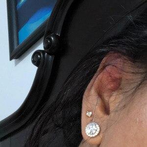 Image 5 - NiceGems 14K 585 beyaz altın 1.6CTW yuvarlak Moissanite Halo elmas top küpeler vida geri ile D E renk VVS1 kadın için hediye