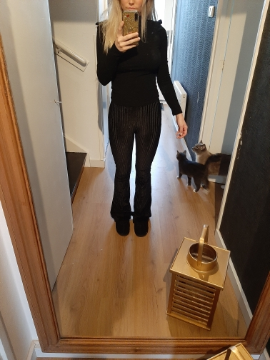 E-girl Goth Aesthetic, Grunge style black pants photo review