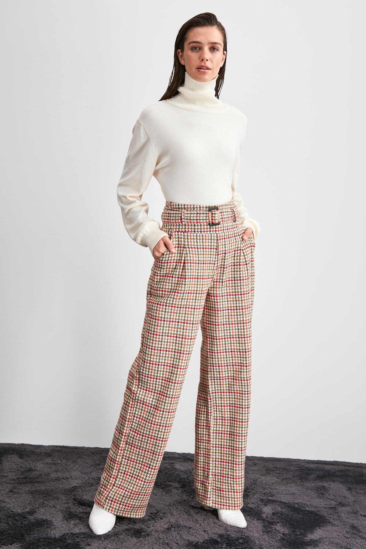 Trendyol Crow's Feet Pattern Pants TWOAW20PL0510