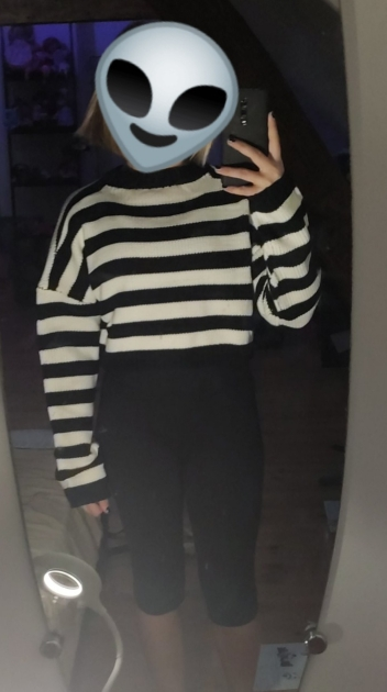 Grunge Striped oversize cropped Sweater photo review