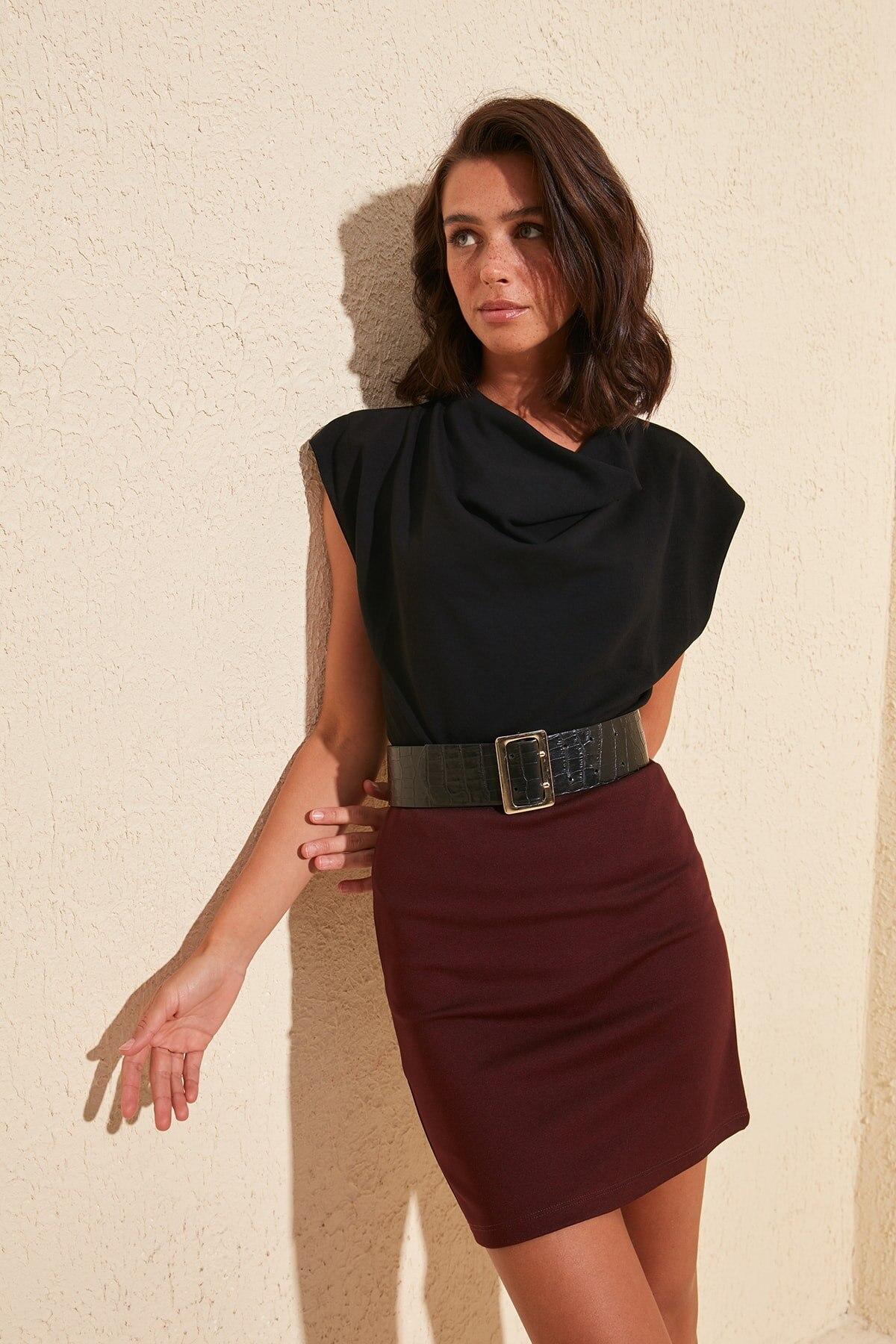 Trendyol Basic Mini Knitted Skirt TWOSS20ET0129