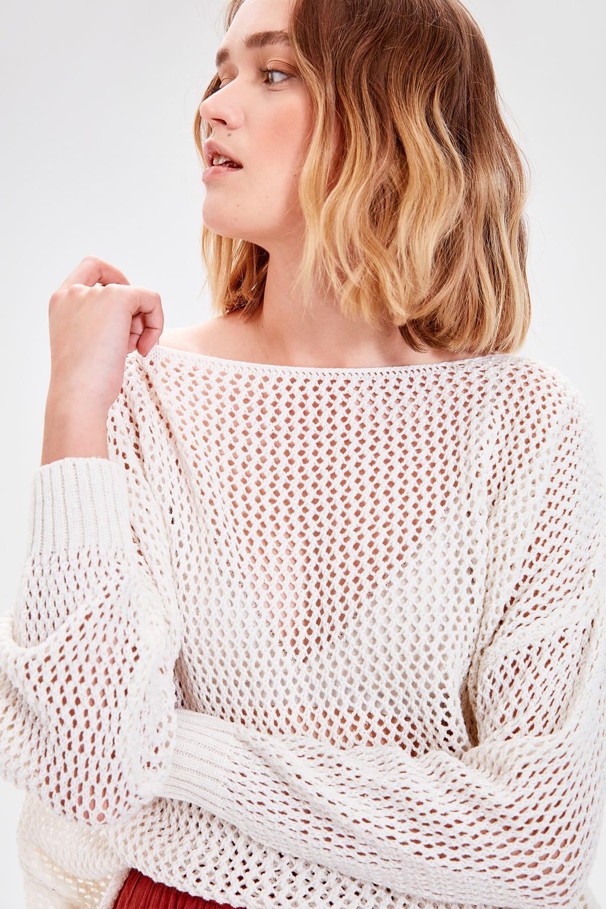 Trendyol WOMEN-Ecru Cellular Knitwear Sweater TWOAW20FV0184