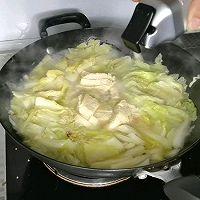 """#美食说出""""新年好""""#汤汁奶白的白菜炖冻豆腐的做法图解4"""