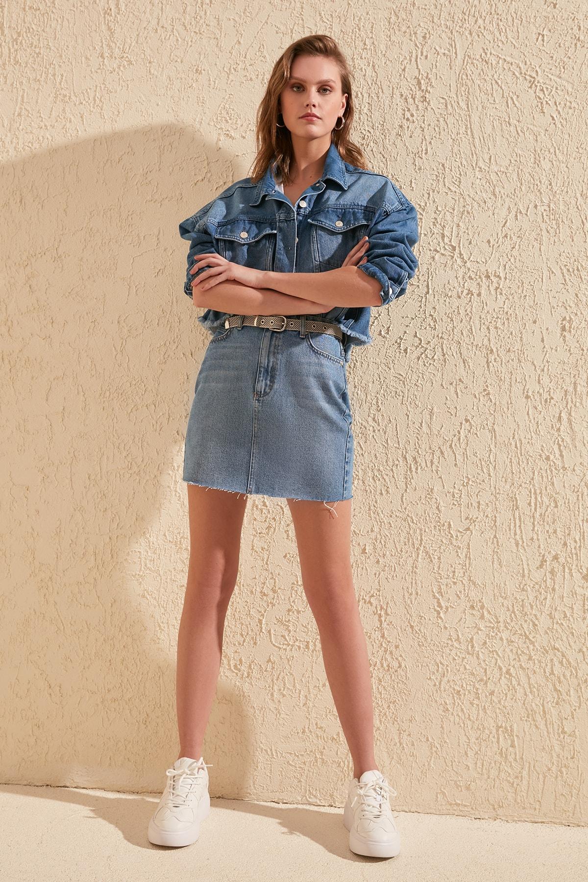 Trendyol-Flushing Skirt Tip Discrete Denim Skirt TWOSS20ET0192