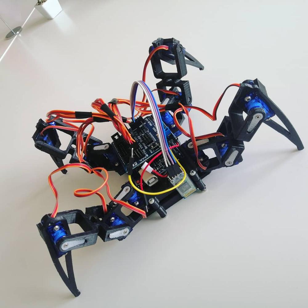 Arduino Örümcek Robot Dört Ayak No Electronics, Çerçeve Şasi Arduino Için SG90 Servo Kontrol DIY Oyuncak Öğretim Projesi