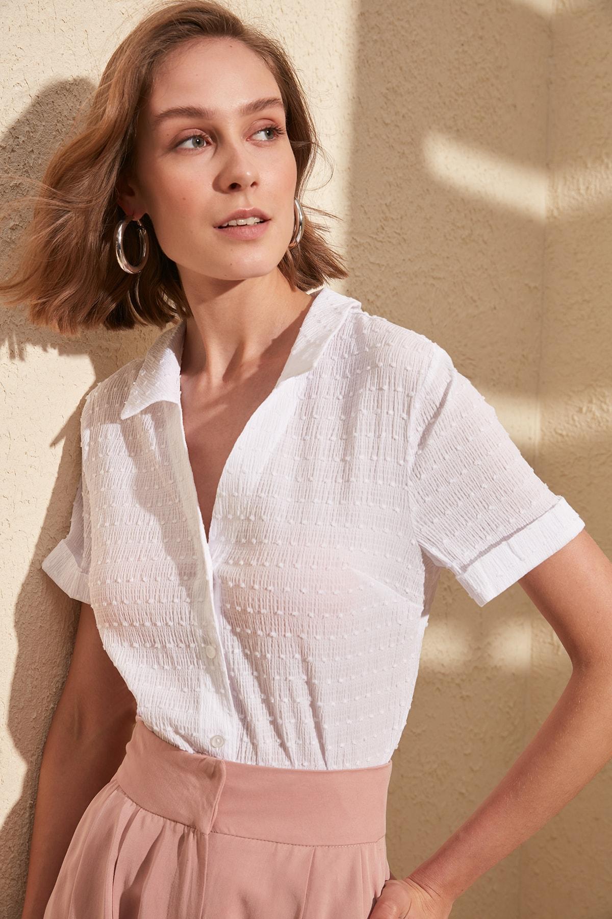 Trendyol Kurz-Hülse Polka Dot Shirt TWOSS20GO0048