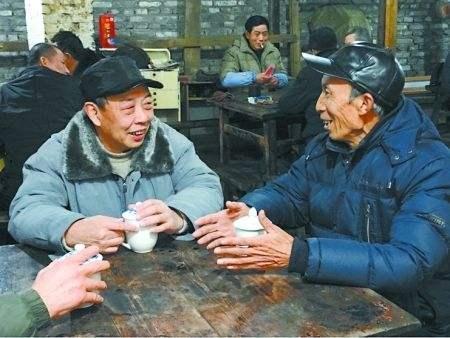 饮茶健康养生还能长命,但医师数次提示:这3种茶,喝过也相当于白喝