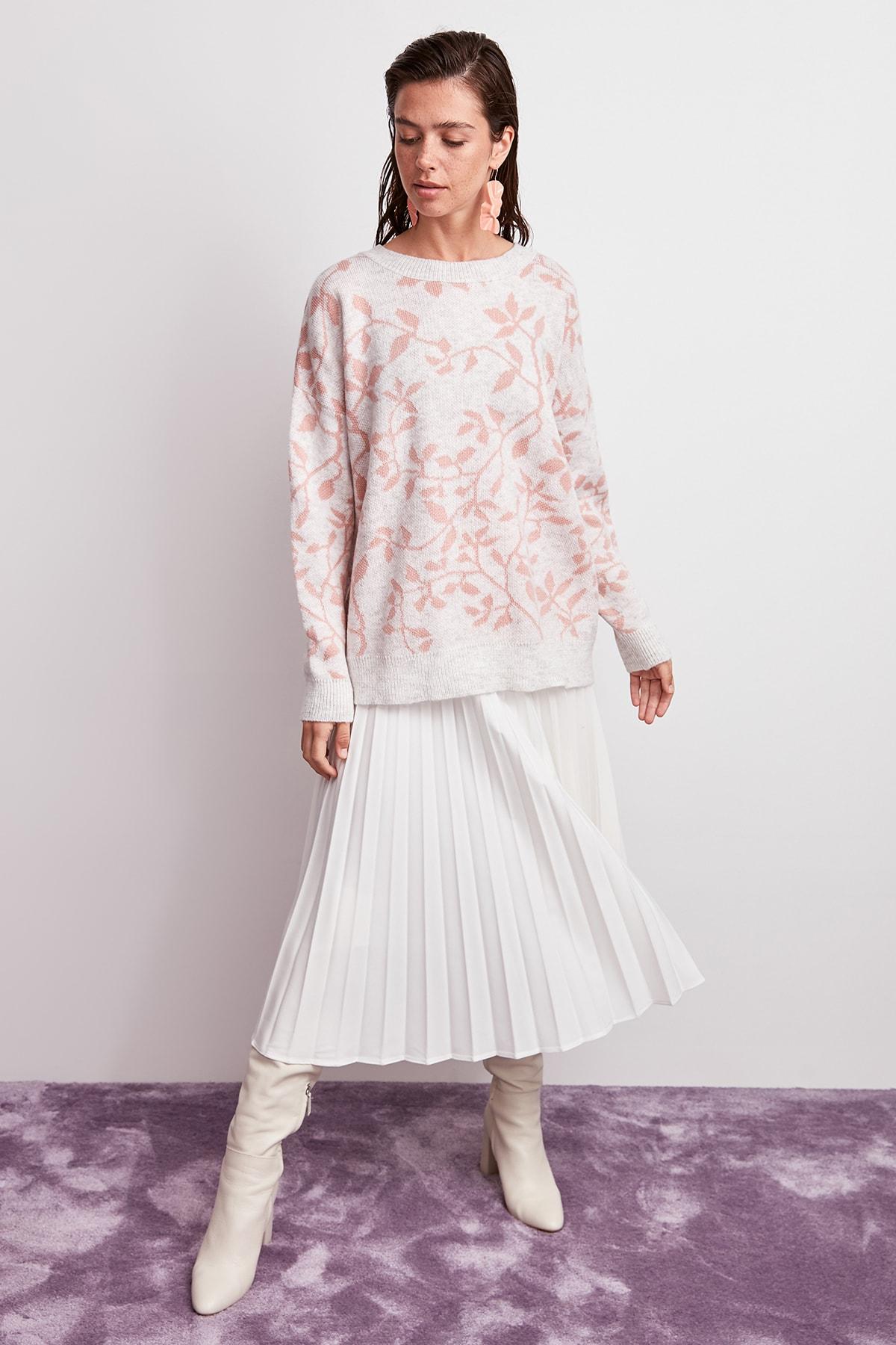 Trendyol WOMEN-Ecru Patterned Knitwear Sweater TWOAW20ZA0047