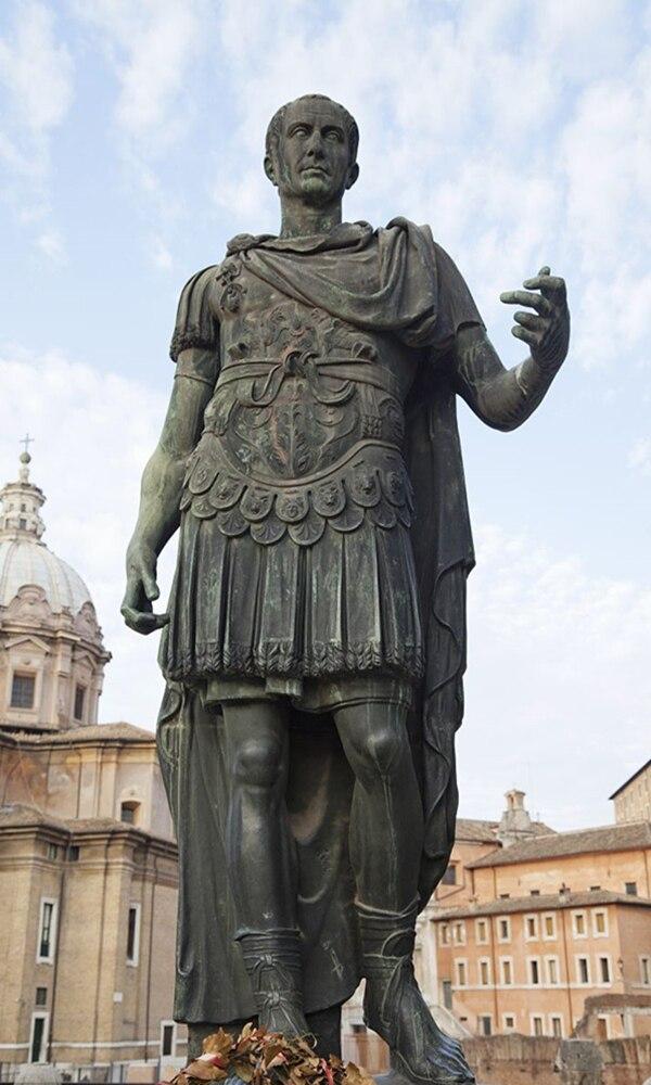 《恺撒》封面图片
