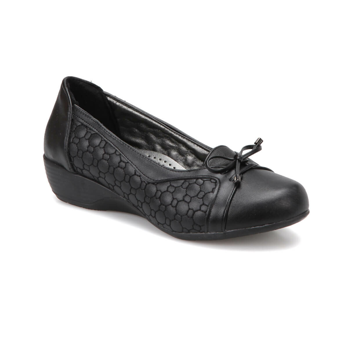 FLO 72. 158026.Z Black Women Comfort Shoes Polaris