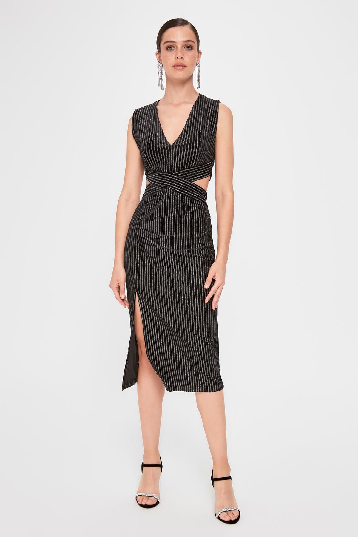 Trendyol Waist Low-Cut Dress TPRAW20EL0512
