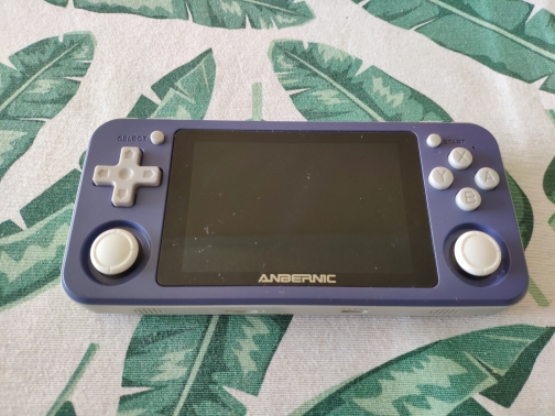 RG351P ANBERNIC Retro Game PS1 RK3326 64G Open Source System 3.5 inch IPS Screen Portable Handheld Game Console RG351gift 2400 photo review