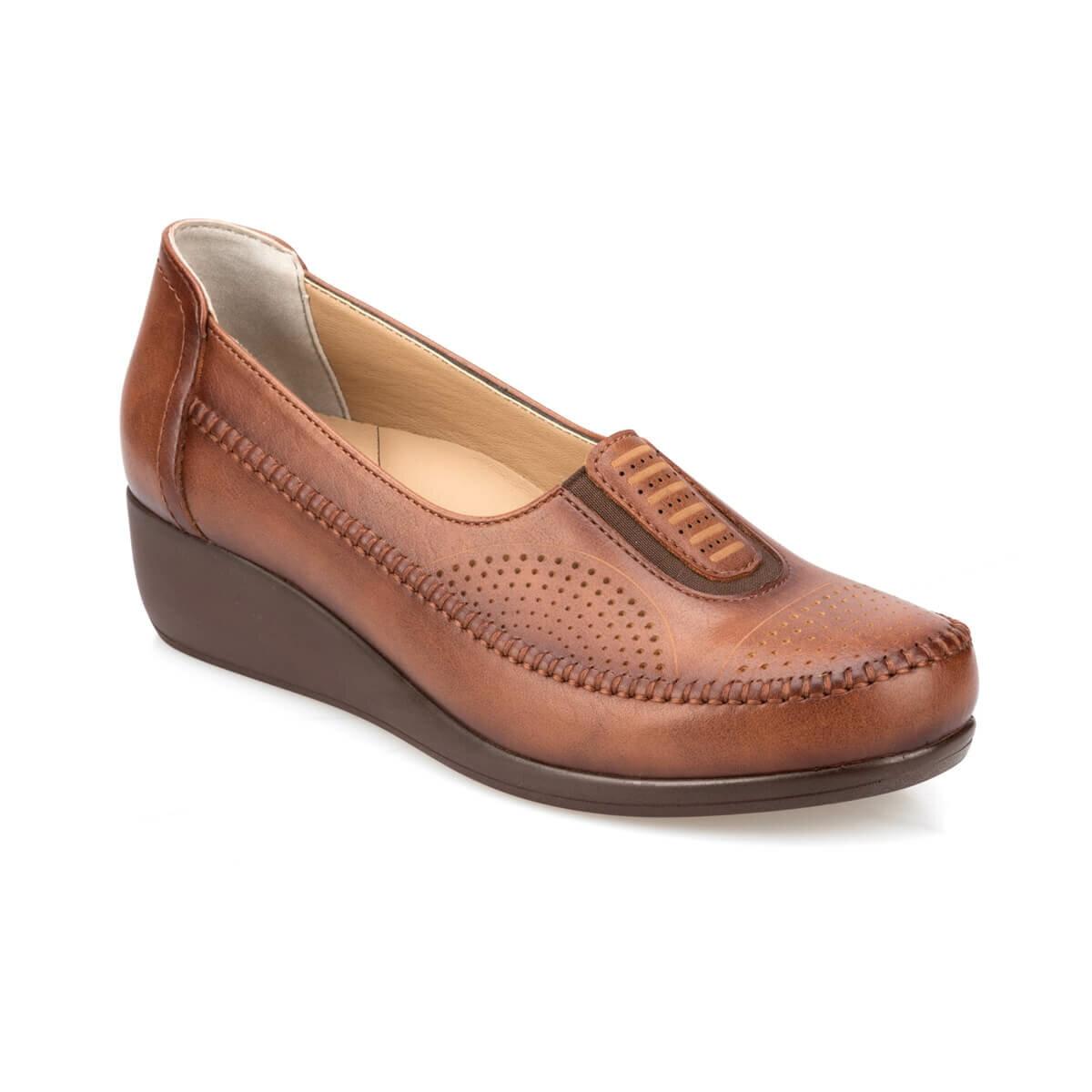 FLO 91.111028.Z Tan Women Staples Shoes Polaris 5 Point