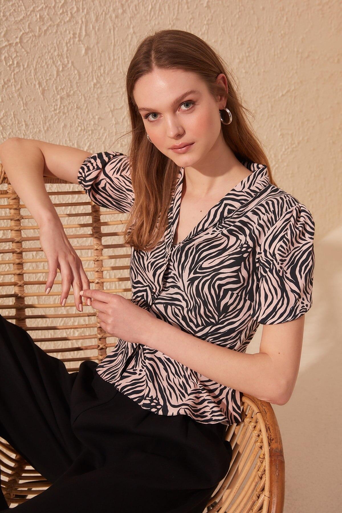 Trendyol Zebra Patterned Shirt TWOSS20GO0329
