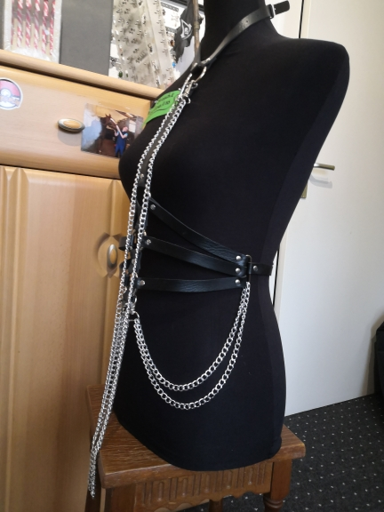 Gothic Aesthetic Leather Belt with Chains Harness photo review