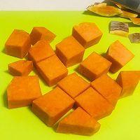 新年第一个菜谱~暖胃又甜蜜的南瓜小米粥的做法图解5