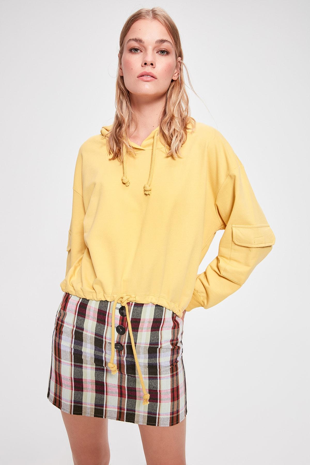 Trendyol Mustard Pocket Detail Knitted Sweatshirt TWOAW20SW0188