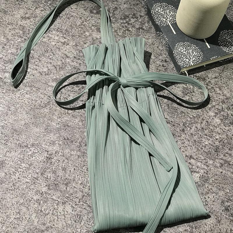 Latest Miyake Design Bag Women Shoulder Bag Fashionable Portable Laced Linen Bag Folded Sack Bag Unicorn Bag 5072