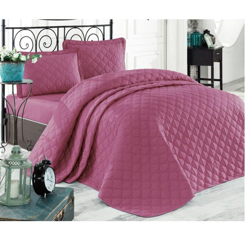 bedspread dried rose