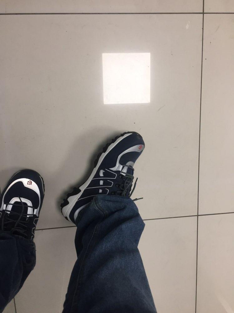 -- Sneaker 165832 165832
