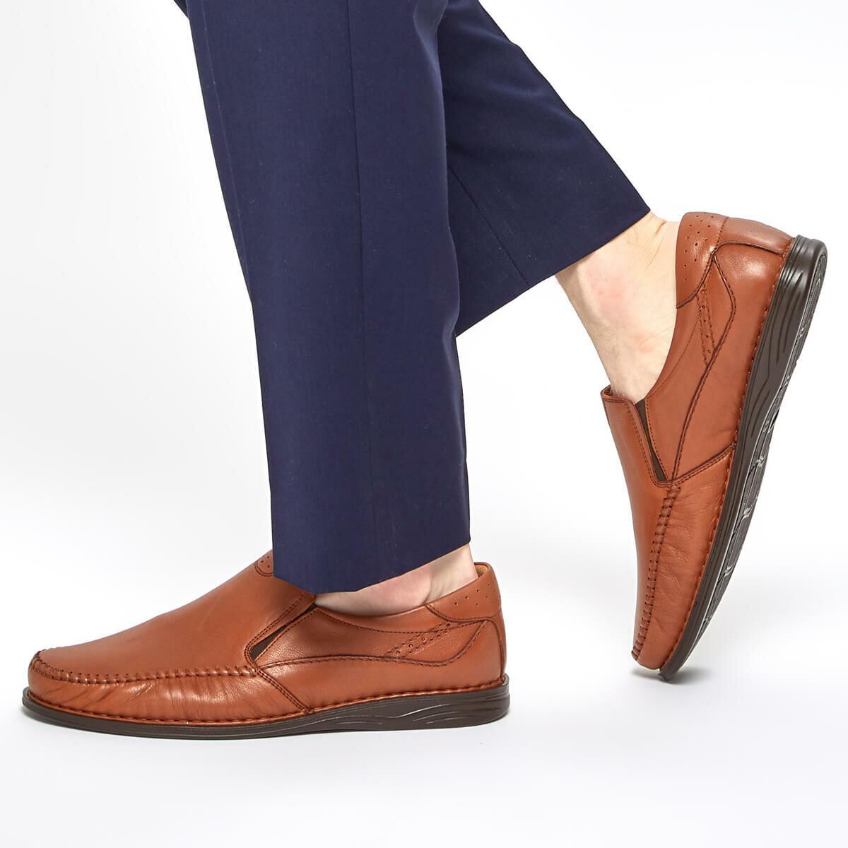 FLO 91 105517.M zapatos clásicos para hombre color marrón Polaris 5 puntos