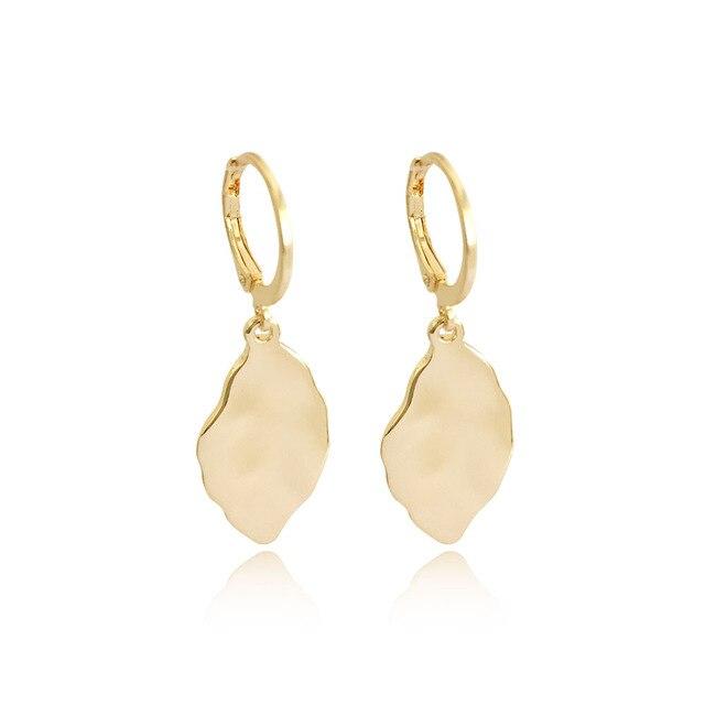 New Design High Quality Elegant Drop Earrings Gold Color Leaf Shape Dangle Earrings for Trendy Women Casual Fashion