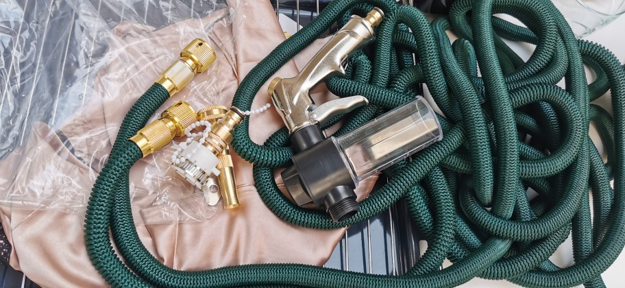 Pressure Washer Expandable Hose With Foam Spray Gun photo review