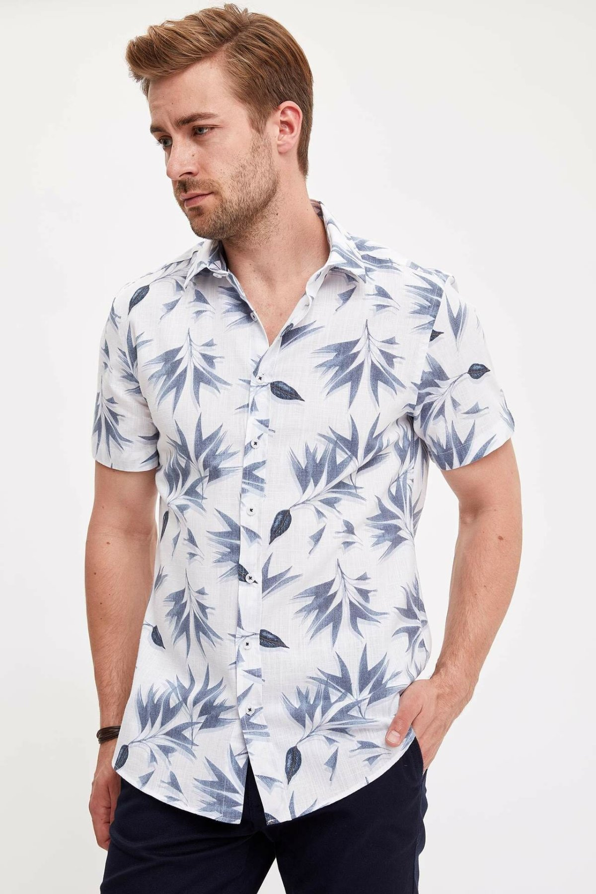DeFacto Men Casual Print Lapel Collar Shirts Short Sleeve Simple Shirts Men Shirt Tops- L4580AZ19HS
