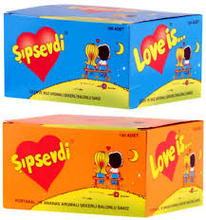 LOVE IS BUBBLE CHEWING GUM ORANGE  AND PINEAPPLE and   Banana VALENTINE GIFT COMICS best 200 x