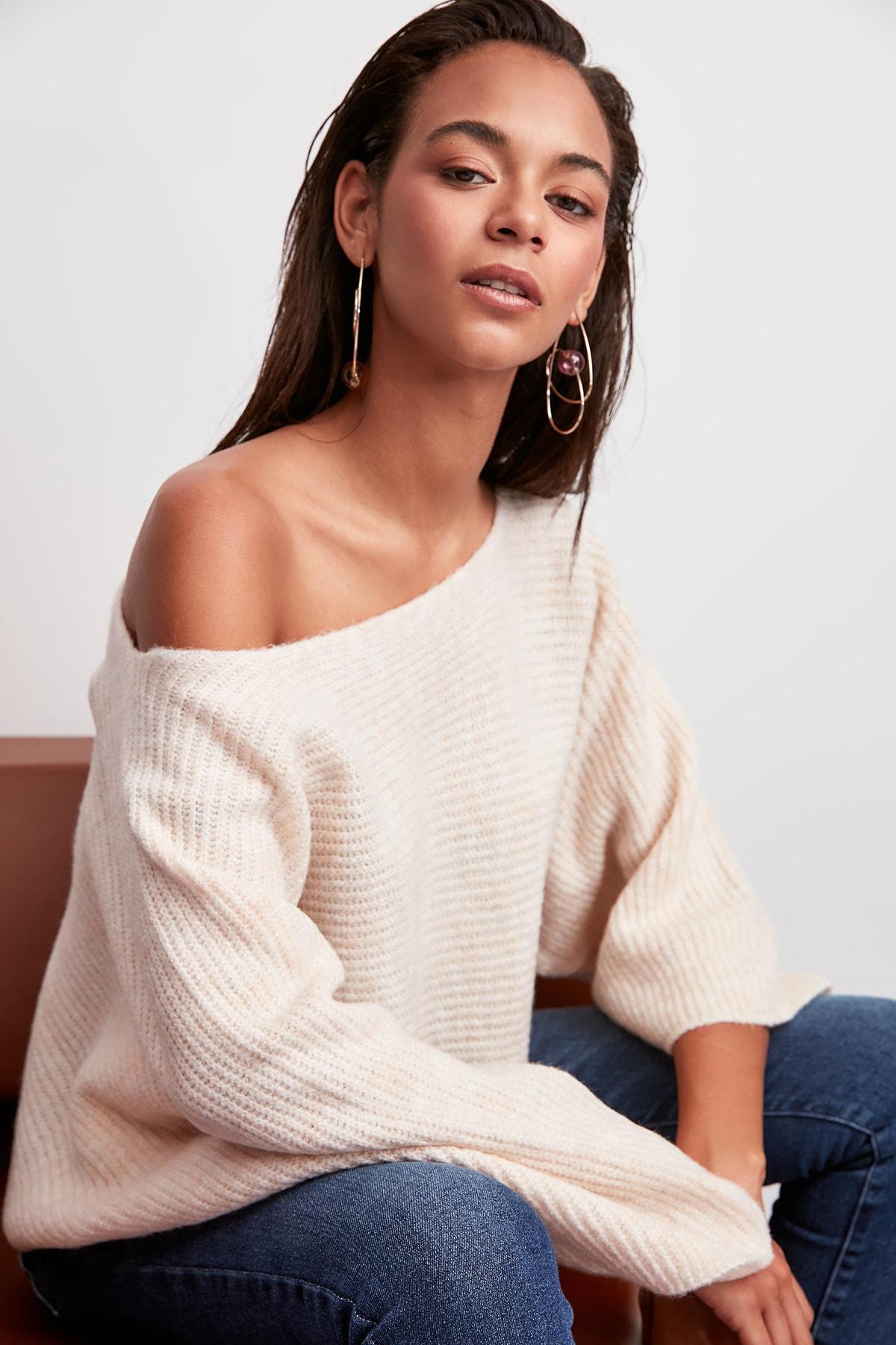 Trendyol WOMEN-Ecru Boat Neckline Sweater Sweater TWOAW20FV0054